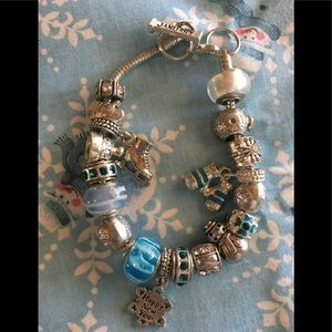 Jewelry - Winter charm bracelet